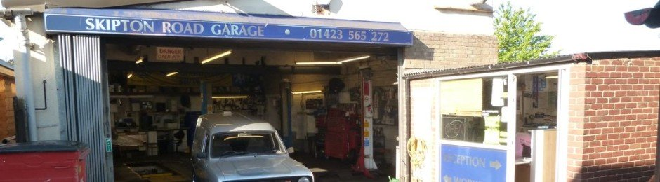 Garage Picture 1